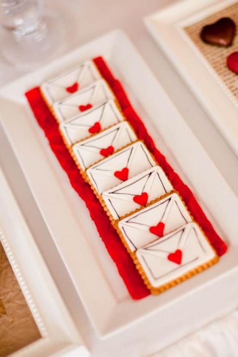 Love Letter Cookies | Amara Ritchie Photography | Lifelong Love Letter - I Choose You Wedding Song Inspiration for a Music Inspired Wedding!