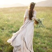 On the Horizon – Elegant Coastal Wedding Inspiration in Seaglass and Grays