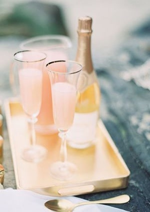 Peach Bellini – Brunch Wedding Inspiration in Peach, Honey, and Blue