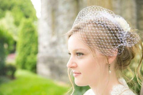 Birdcage Veil for a Gorgeous Garden Wedding | Roxana Albusel Photography