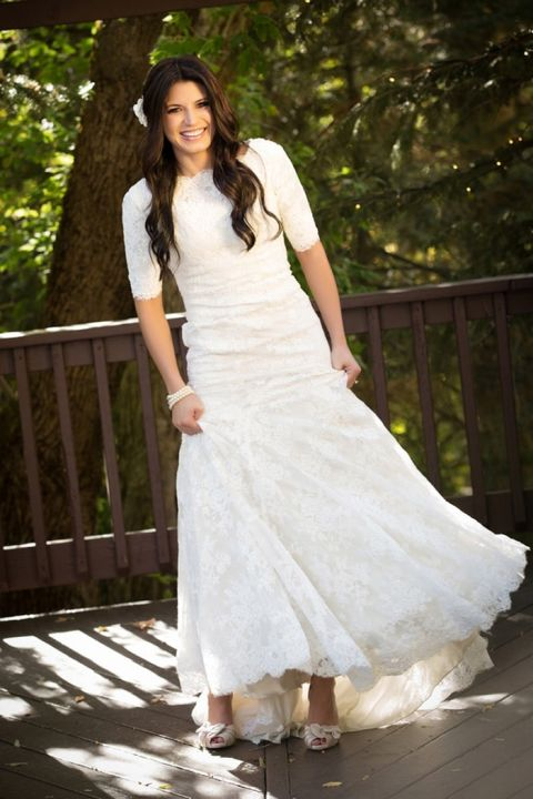 Elegant Lace Wedding Dress | Romantic Forest Bridal Portraits by Brandon Burk