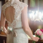 Keyhole Lace Wedding Dress | Roxana Albusel Photography