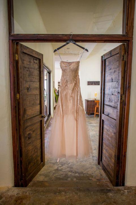 Elegant Champagne Sarah Seven Wedding Dress | Whyman Photography