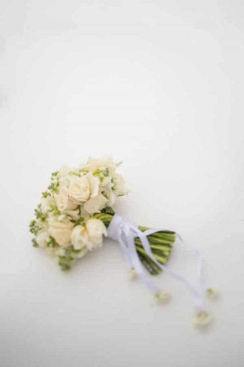 Snowy White Bridal Bouquet |Carla Ten Eyck Photography | Winter Chic - Cozy White and Blue Snowy Forest Wedding