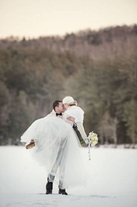 winter chic cozy white and blue forest wedding hey