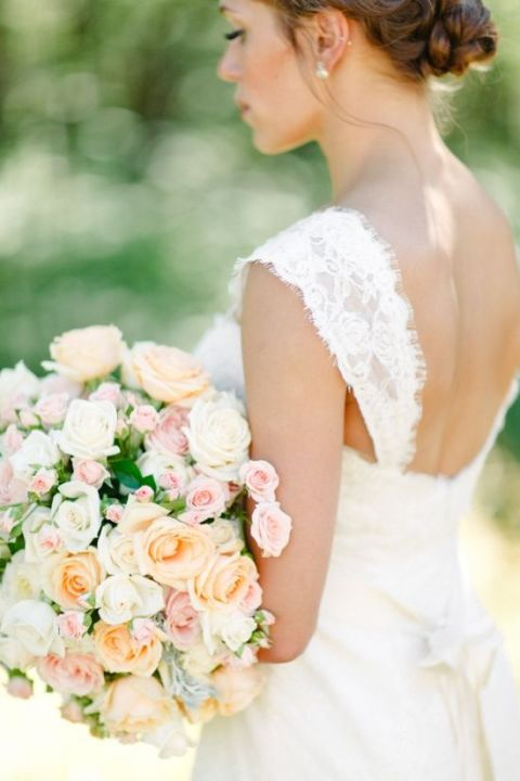 Elegant Peach and Citrus Bridal Bouquet | Amanda K Photography