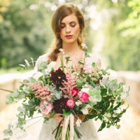 Precious Gems – Emerald and Antique Ruby Wedding Inspiration