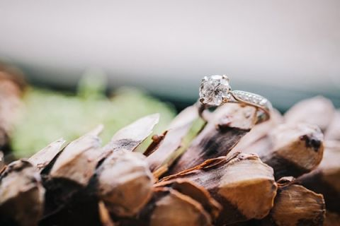 Vintage Engagement Ring | Lisa Mallory Photography