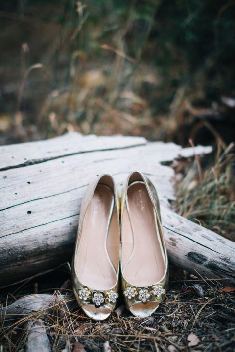 Gold Wedding Shoes | Lisa Mallory Photography