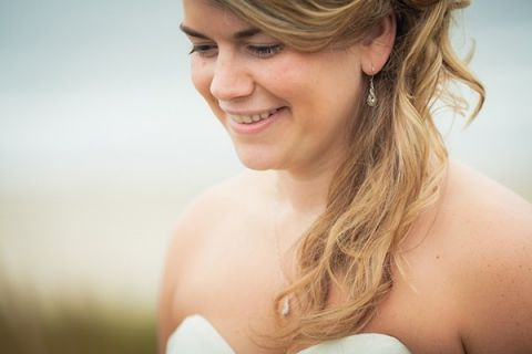 Gorgeous Bride with Beachy Waves | Sikora Photography