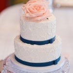 Georgia Peach Wedding Cake in Blue and White | Jon Sharman Photography