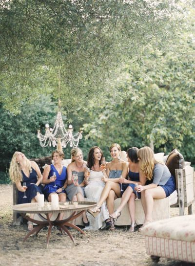 Bridesmaids in Chic Navy Blue | Caroline Tran Photography