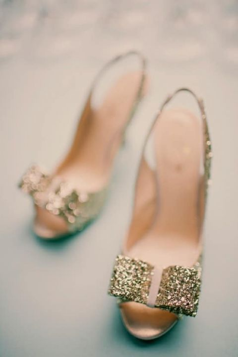 Kate Spade Gold Glitter Heels | Ever Whim Photograph | See More: https://heyweddinglady.com/the-summer-isles-mediterranean-wedding-inspiration-in-olive-patina-and-jade/