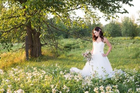 A Lush Meadow of Spring Wildflowers for a Wedding Shoot | Still Moments Photography | See More! https://heyweddinglady.com/spring-meadow-wedding-shoot-from-still-moments-photography/
