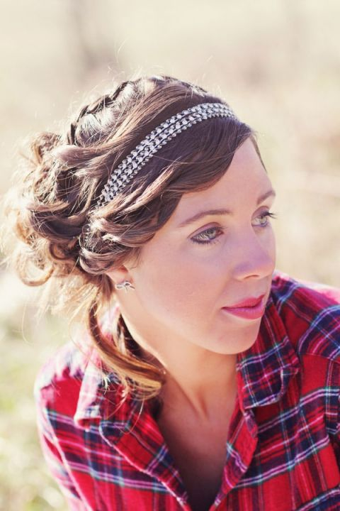 Loose, Romantic Bridal Updo | dKin Photography | See More https://heyweddinglady.com/local-sustainable-wedding-ideas-family-run-vineyard-dkin-photography/