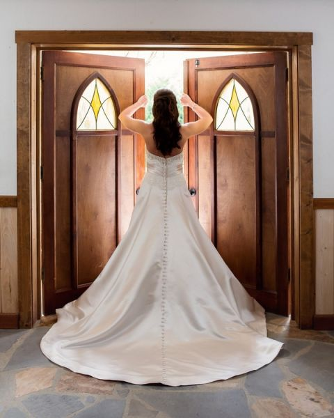 Gorgeous, Classic A-Line Wedding Dress | Cariad Photography | See More: http://heyweddinglady.com/spring-green-southern-wedding-with-a-travel-theme/