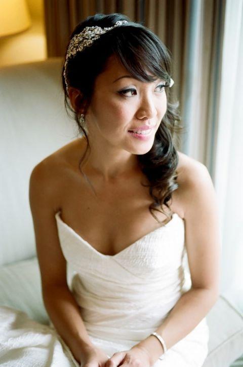 Classically Elegant Bridal Style | Tikko Weddings |See More: http://heyweddinglady.com/classic-and-glamorous-blush-and-gold-socal-wedding-from-tikko-weddings/