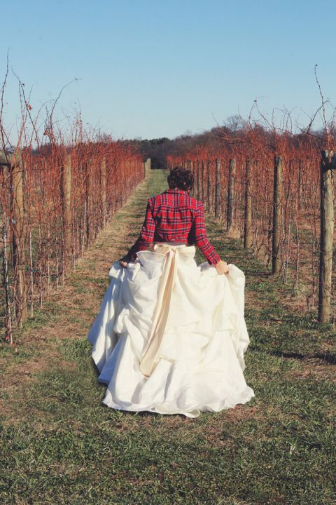 Romantic Rustic Bridal Look for a Vineyard Wedding | dKin Photography | See More https://heyweddinglady.com/local-sustainable-wedding-ideas-family-run-vineyard-dkin-photography/