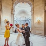 Intimate Wedding in the Rotunda at San Francisco City Hall | IQphoto Studio | See More! https://heyweddinglady.com/a-chic-san-francisco-city-hall-elopement-from-iqphoto-studio/