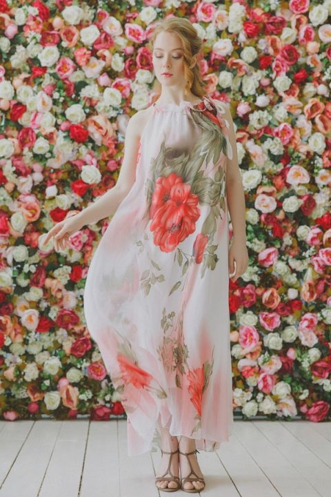 Anna Sui Inspired Boho Charm Bridal Shoot in Coral Floral Print | Warmphoto | See More! http://heyweddinglady.com/flowers-and-feathers-boho-coral-charm-from-warmphoto/