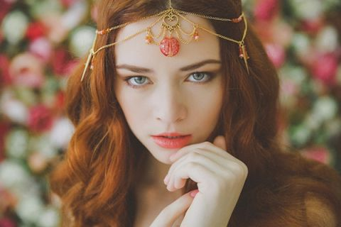 Coral and Gold Bohemian Bridal Crown | Warmphoto | See More! http://heyweddinglady.com/flowers-and-feathers-boho-coral-charm-bridal-inspiration-from-warmphoto/