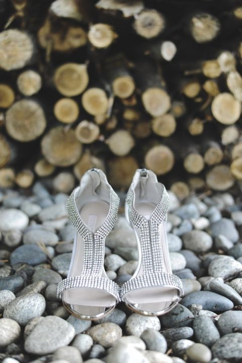 Glam and Modern Silver Wedding Shoes | Tonie Christine Photography | See More! http://heyweddinglady.com/fresh-and-chic-modern-rustic-washington-wedding/