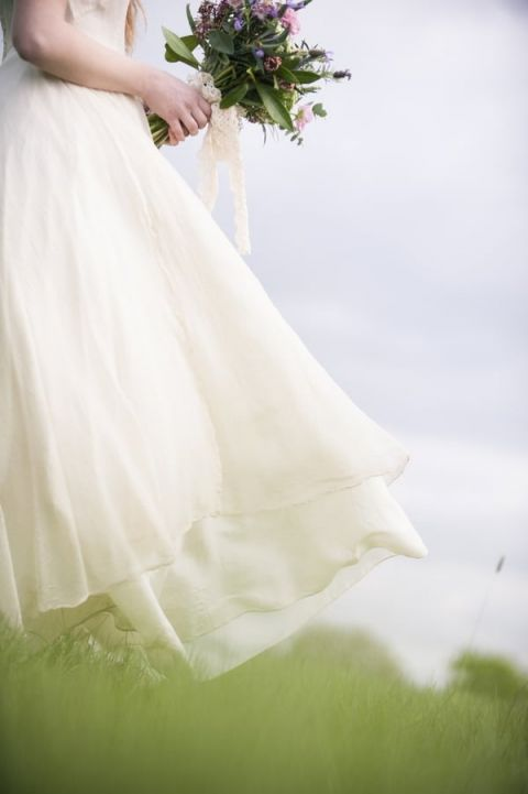 Jane Austen Inspired English Bridal Shoot on the Moors | Plenty to Declare Photography | See More! http://heyweddinglady.com/romantic-english-bohemian-bridal-shoot-from-plenty-to-declare-photography/