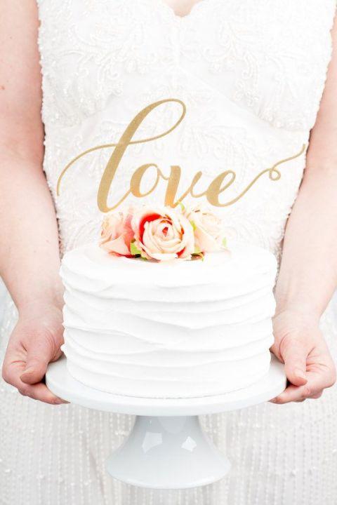 Gold Calligraphy Cake Topper | Better Off Wed | Preppy in Poppy https://heyweddinglady.com/preppy-in-poppy-seaside-summer-wedding-inspiration/
