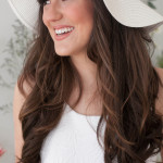 Beachy Waves and a Relaxed Chic Hat | Studio Amy Luna Photography | See More! http://heyweddinglady.com/peace-and-love-the-sweetest-60s-styled-shoot-ever/