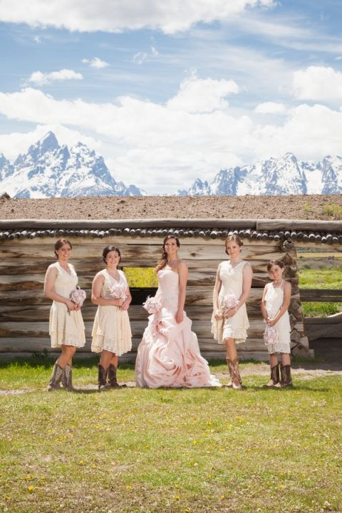Bridal Portraits at the Cunningham Cabin   Heather Erson Photography   See More! http://heyweddinglady.com/wild-mountain-wedding-with-a-blush-gown-from-heather-erson-photography/