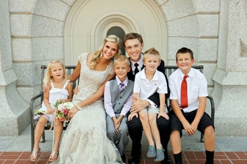 Bride and Groom with the cutest guests! | Pepper Nix Photography | See More! http://heyweddinglady.com/classic-vintage-blush-and-ivory-wedding-from-pepper-nix-photography/