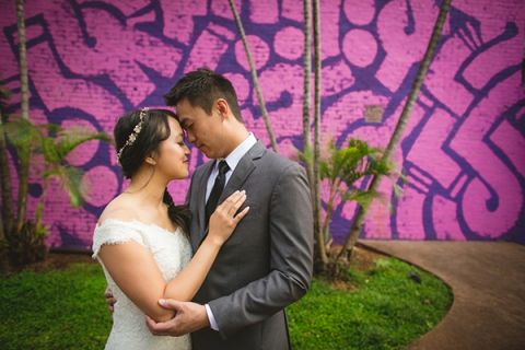 A Romantic Day After Wedding Bridal Session in Downtown Honolulu | Creatrix Photography | See More! /romantic-rustic-urban-wedding-at-brooklyn-winery/