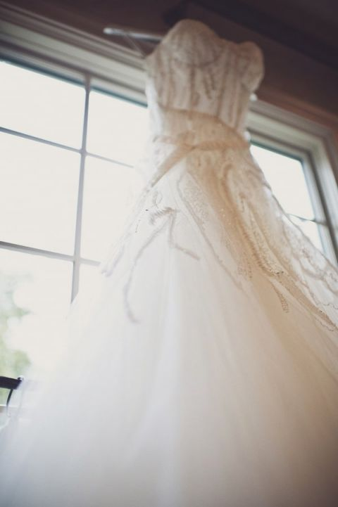 Elegant Embellished Monique Lhuillier Wedding Dress | BRC Photographyhttps://heyweddinglady.com/impossibly-chic-modern-art-inspired-wedding/
