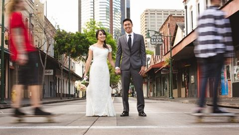 Day After Wedding Portrait Session in Downtown Honolulu | Creatrix Photography | See More! /romantic-rustic-urban-wedding-at-brooklyn-winery/