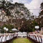 Midsummer Nights Dream Wedding in a Secret Garden at Bangalia | Hilary Cam Photography | See More! http://heyweddinglady.com/midsummer-nights-dream-wedding-in-a-secret-garden/