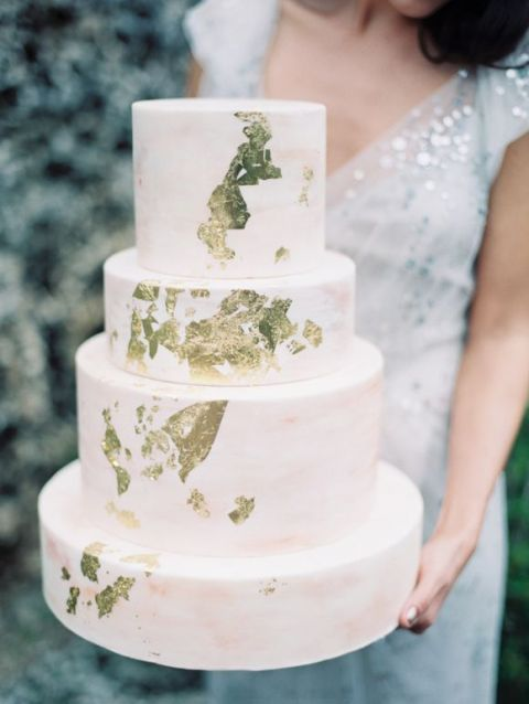Gold Leaf Wedding Cake | To Love Photographie | See More! https://heyweddinglady.com/chic-metallic-wedding-with-silver-and-gold-leaf-accents/