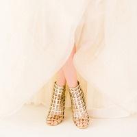 Glamorous Modern Wedding Inspiration Fuchsia, Blush, and Gold