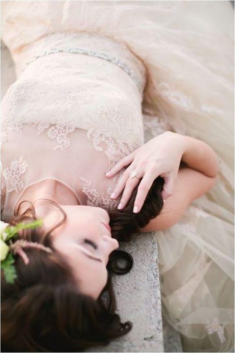 Vintage Ivory Lace Wedding Dress | Mint Photography | See More! https://heyweddinglady.com/ivory-embroidery-vintage-lace-wedding-inspiration/