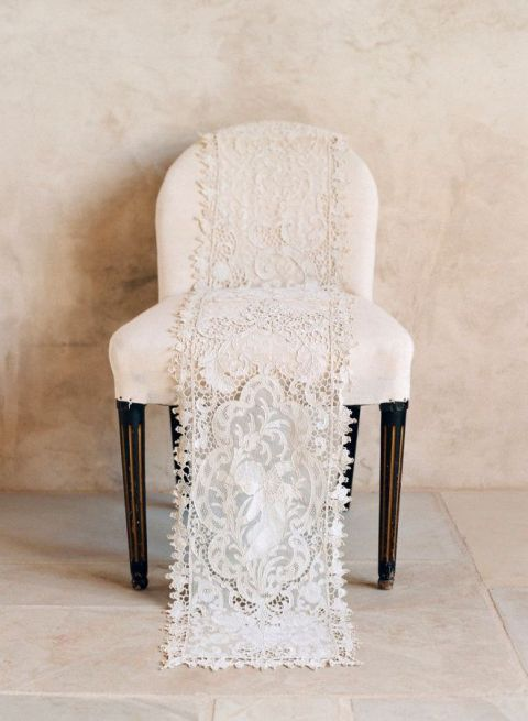 Vintage Ivory Lace Runner | Elizabeth Messina Photography | See More! https://heyweddinglady.com/ivory-embroidery-vintage-lace-wedding-inspiration/