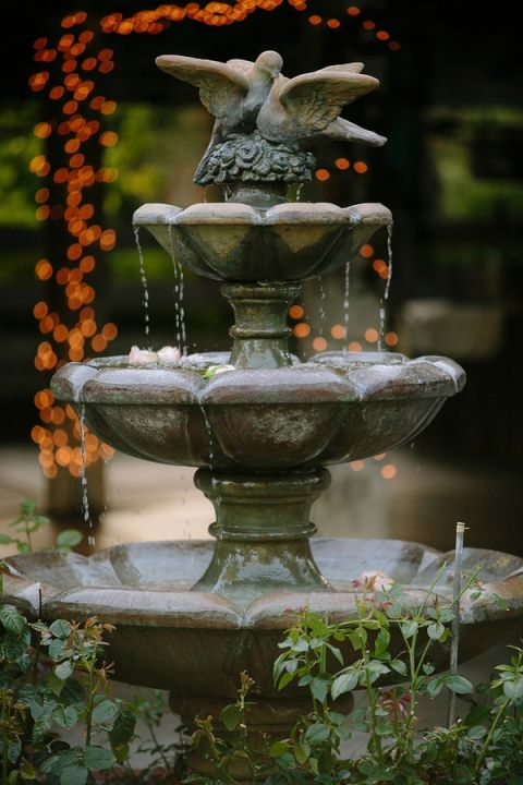 Romantic Fountain | heidi-o-photo | See More! https://heyweddinglady.com/rustic-winery-wedding-in-southern-california/