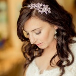 Loose Curls and a Jeweled Bridal Headpiece | Figlewicz Photography | See More! https://heyweddinglady.com/classic-garden-wedding-in-rich-purple/