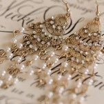 Gold and Pearl Chandelier Earrings | J&J Photography | Classic Southern Ivory and Gold Wedding