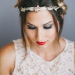 Smoky Eyes and Vibrant Red Lips | Alexandra Wallace Photography | Bold Boho Bridal Style for Autumn