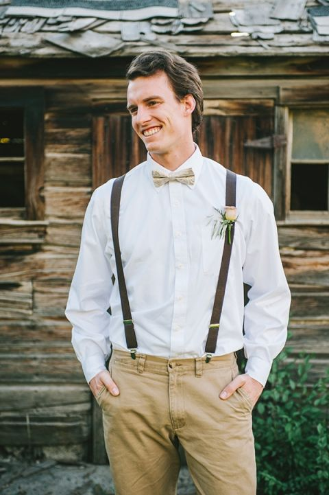 Suspenders and a Bow Tie for the Groom! | Nhiya Kaye Photography | Minimalist Elegance with Country Chic Details