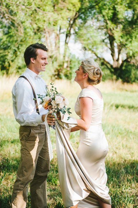 Romantic Vintage Styled First Look | Nhiya Kaye Photography | Minimalist Elegance with Country Chic Details