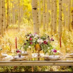 Chic Gold and Plum Table Decor | Modern Glam Autumn Wedding in Fig and Gold | Pepper Nix Photography and Michelle Leo Events
