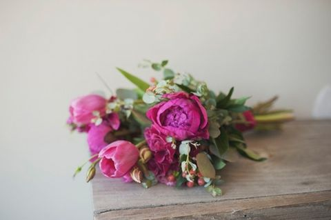 Wild Bouquet with Pink Peonies | Ellie Asher Photo | Dreamy Mountain Lodge Wedding in Fuchsia and Mint