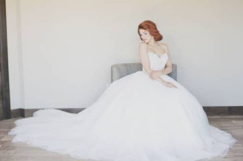 Vintage Glam Ball Gown Wedding Dress   Ellie Asher Photo   Dreamy Mountain Lodge Wedding in Fuchsia and Mint