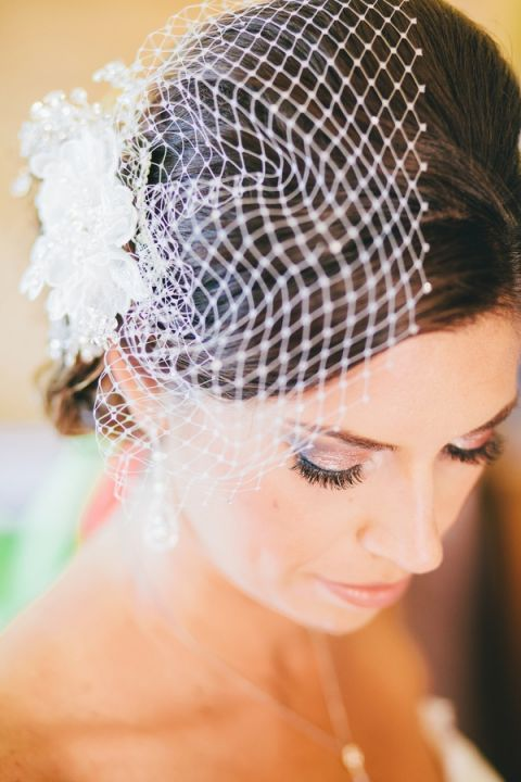 Delicate Blusher Veil | Lisa Mallory Photography | Modern Ranch Wedding in Orange and Aqua