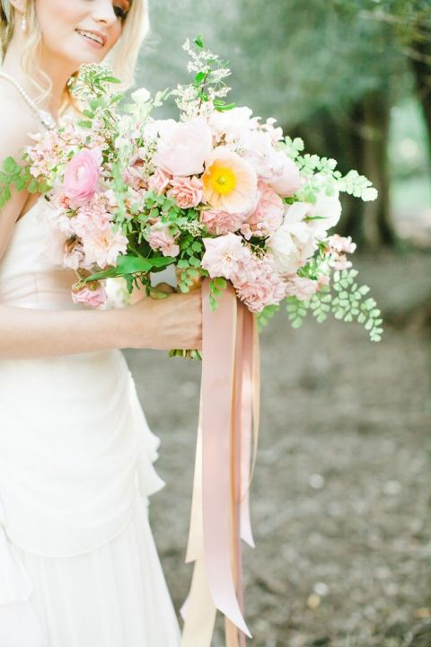 Pastel Garden Bouquet with Trailing Ribbons | Avec Lamour Photography | Summer Sunshine and Citrus Wedding Inspiration in Pink and Yellow